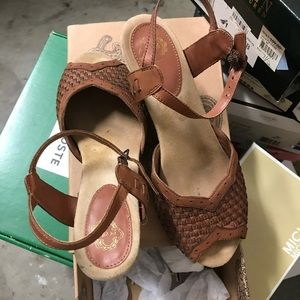 Ecote Sandals in size 37.5 in great used condition